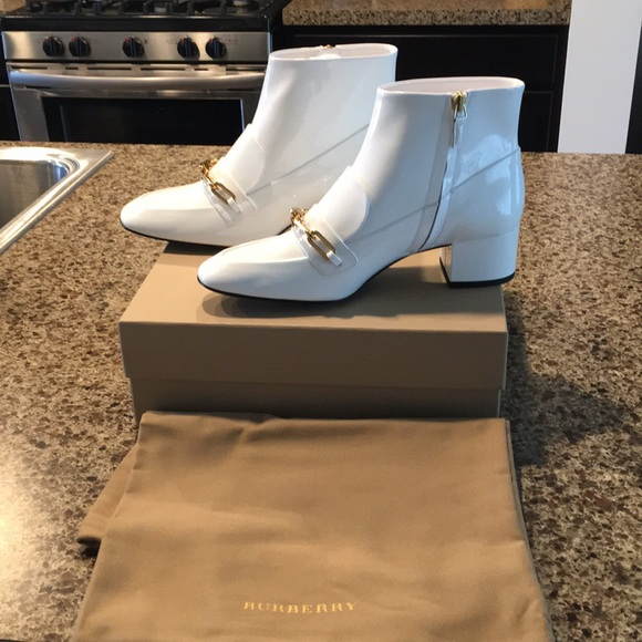 55718ac4798 Burberry Shoes | Nwt Patent Leather Ankle Booties | Poshmark